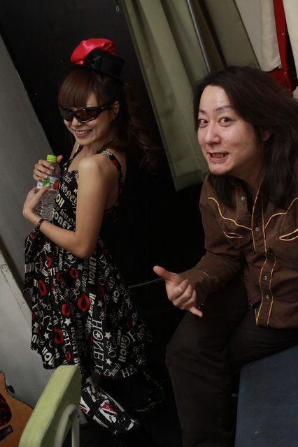 http://pinchang.net/blog/2011/images/photo/1621348_946986124_226large.jpg